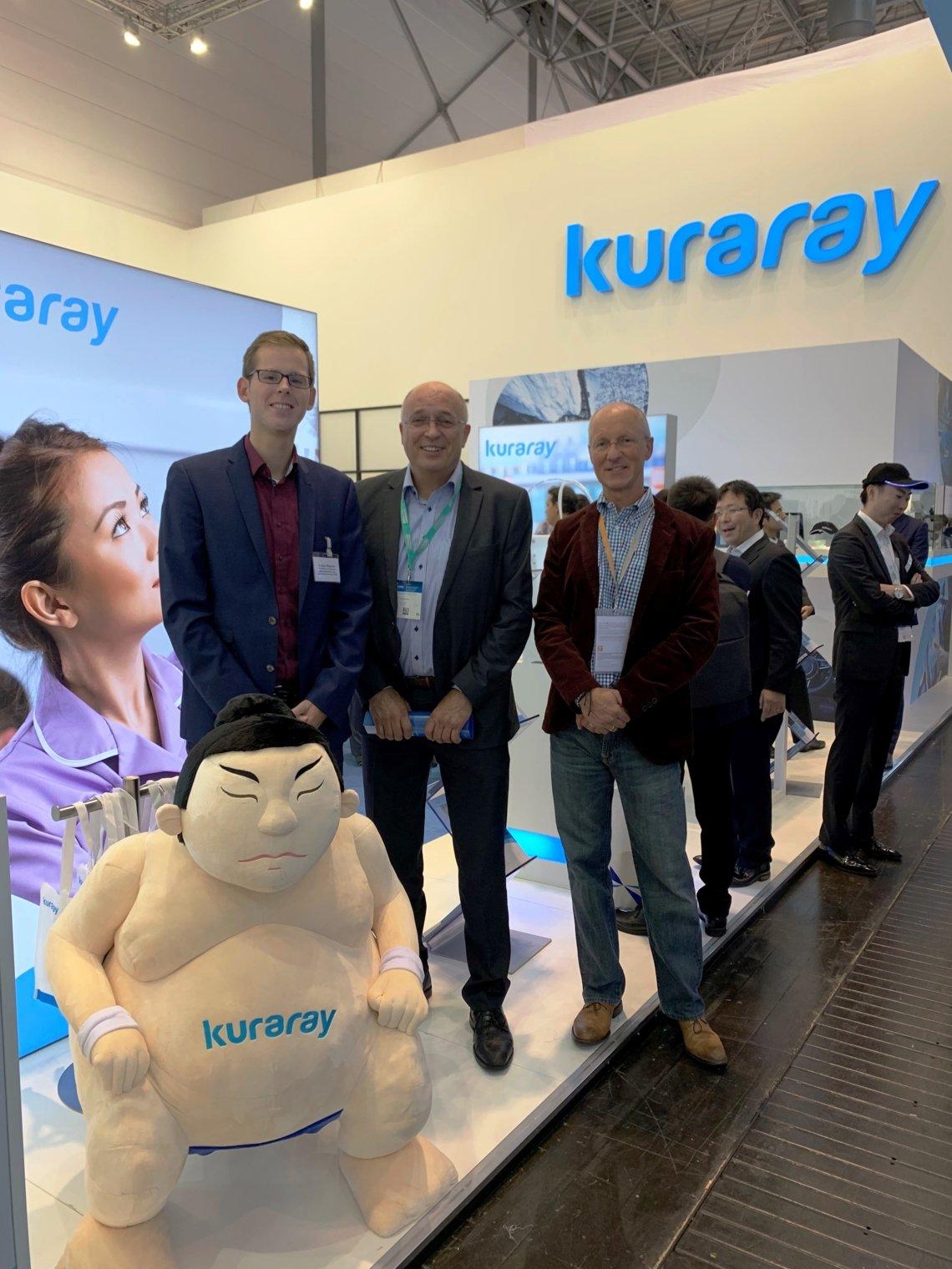 v.l.n.r.: Fabian Wagner (TROWISTA), Ralf Eschrich (Geschäftsführer der Firma Kuraray) und Rainer Hardtke (Kompetenzzentrum Kunststoff)